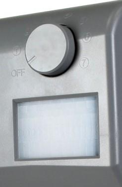 Поворотный переключатель позволяет выбрать один из 7 возможных режимов работы отпугивателя (в положении OFF прибор полностью отключается)