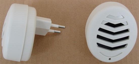 """Для использования ультразвукового отпугивателя грызунов и насекомых """"Weitech WK 0523"""" не нужны провода и адаптеры питания — все совмещено в одном корпусе"""