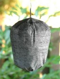 """Отпугивающий эффект  """"WK0432 """" основан на его внешнем сходстве с осиным гнездом - для использования достаточно..."""